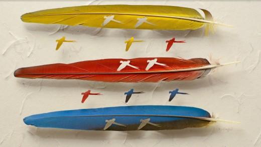 Zöldszárnyú ara tollai. Fotó: Chris Maynard