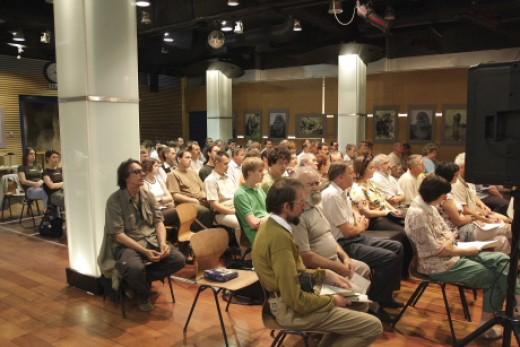 Az MME küldöttközgyűlése 2009-ben a Fővárosi Állat- és Növénykert Barlangtermében (Fotó: Orbán Zoltán).