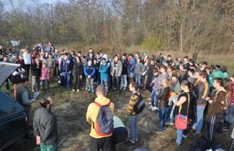 Élőhelykezelési akció előtt a Homoktövis Természetvédelmi Területen (Fotó: Lendvai Csaba)