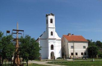 A csonka torony Vejtiben (Fotó: Bank László)