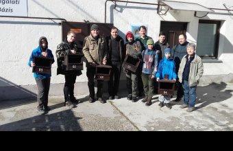 Vércseláda kihelyező csapat március 15-én, Győrszentiván, Fotó: Kiss István